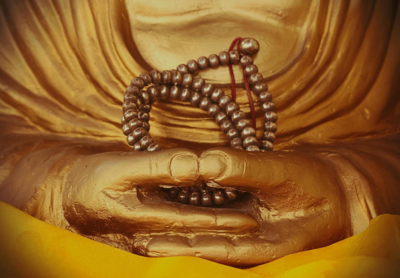 Statue du Bouddha en posture de méditation
